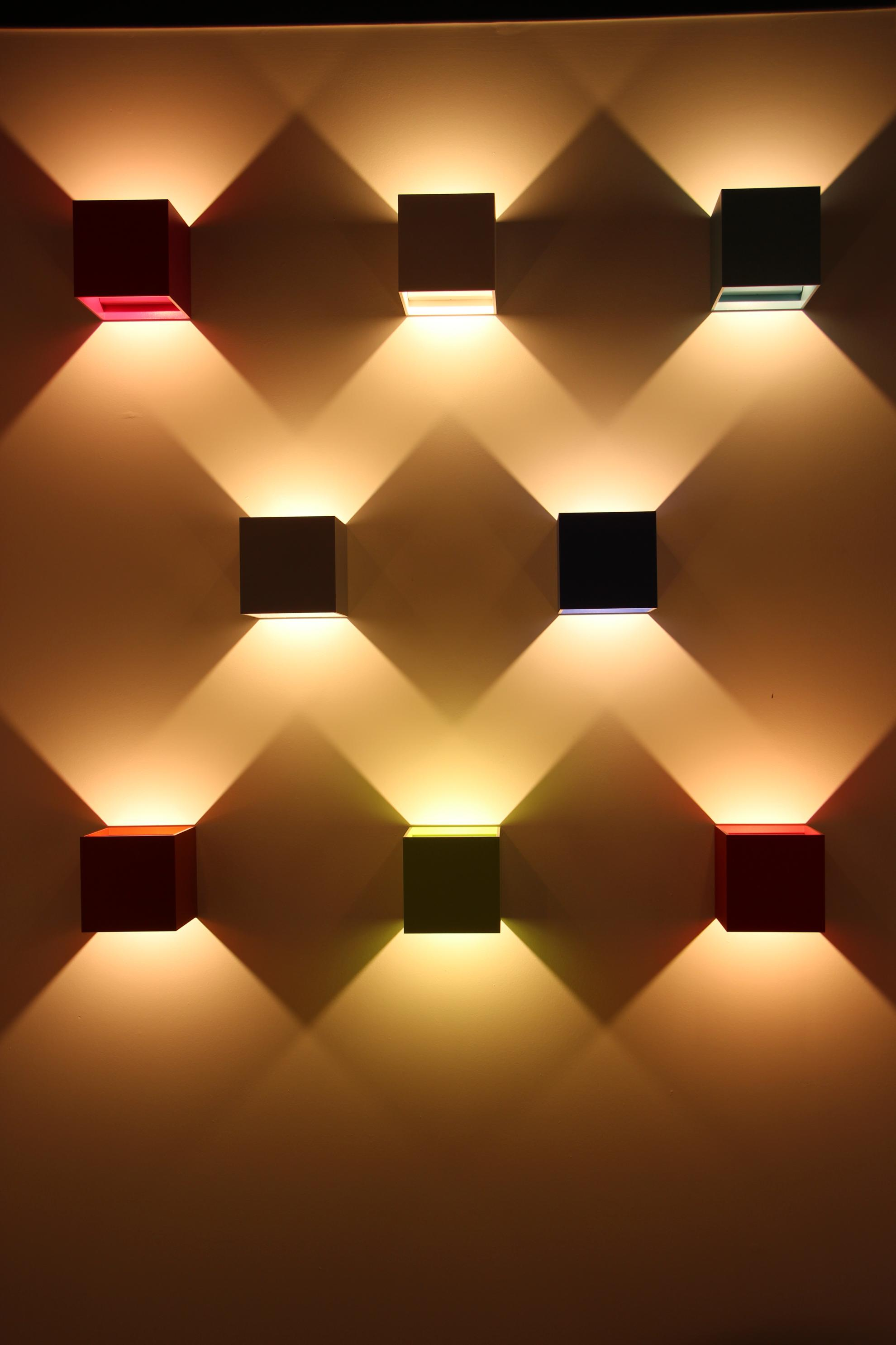 Magasin luminaire interieur exterieur design contemporain eclairage ...